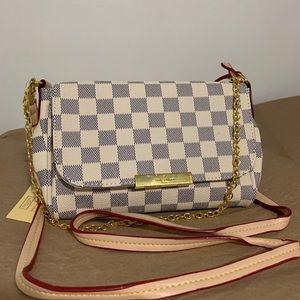Handbags - Shoulder Bag White PM